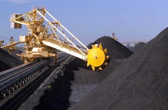 大陸一直是澳洲煤炭的主要買家,若喊停進口消息屬實,恐對當地煤炭業造成巨大打擊。(新華社資料照)