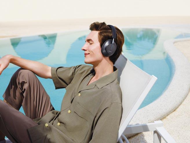 華為首款無線耳罩式耳機HUAWEI FreeBuds Studio,一上市就轟動。圖/業者提供