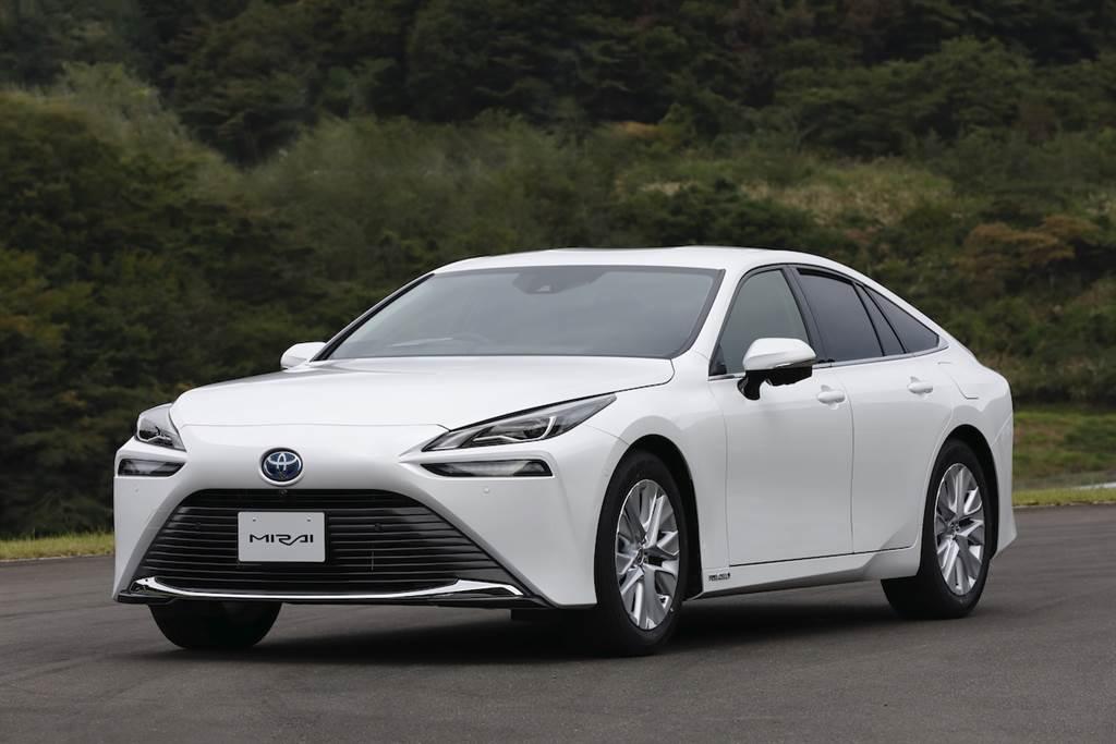 具備 850km 續航力、強調走行樂趣的新世代高級車,Toyota Mirai 第二代日本發售!