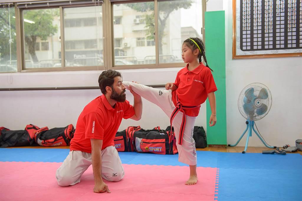歐米未來將長期留在高雄發展,希望有機會投入高雄市基層跆拳教育。(照片提供/原動力跆拳道道館)