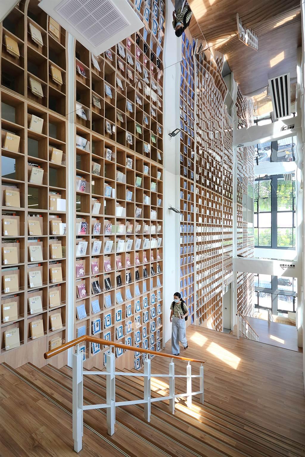 在閱讀空間感受設計美學,是最棒的體驗。(攝影/Carter)