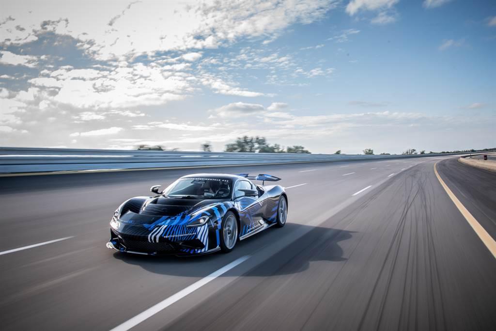 1,900匹純電神獸即將出閘 Pininfarina Battista完成高速項目測試