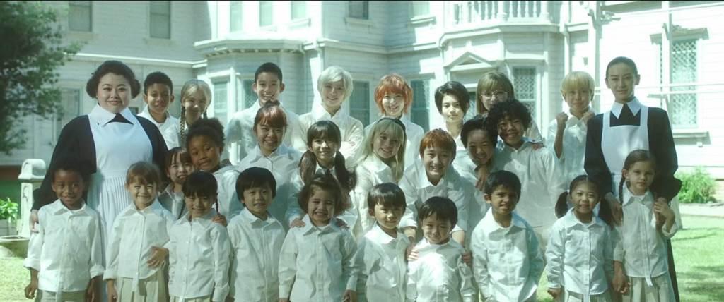 《約定的夢幻島》首部真人版電影集結北川景子、渡邊直美、濱邊美波等華麗卡司。(甲上提供)