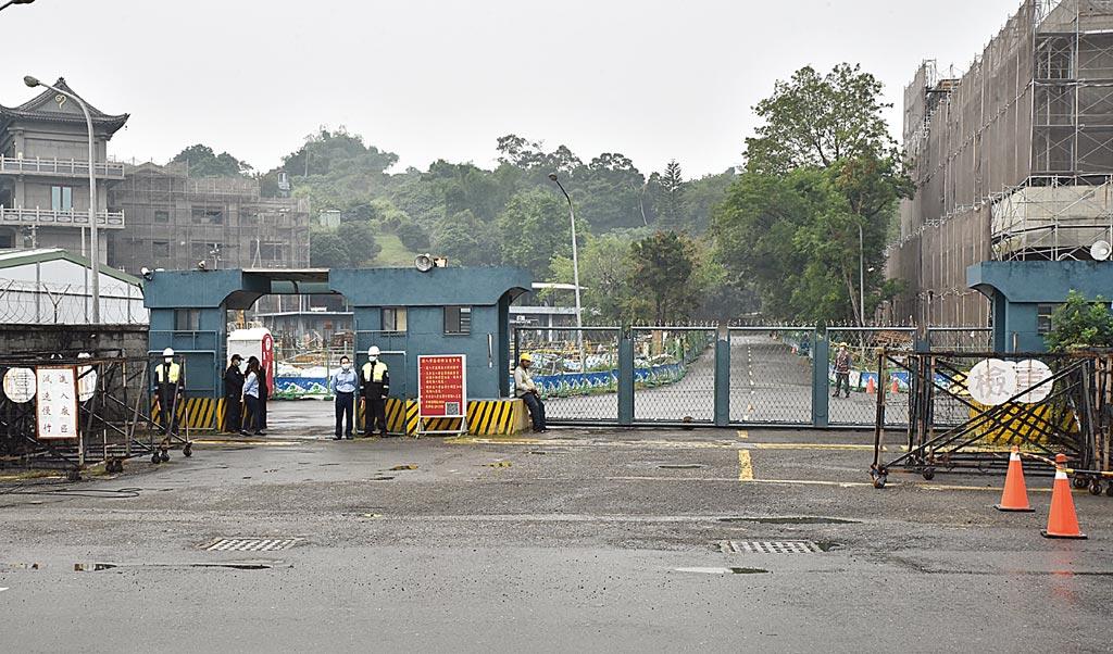 軍備局205廠大樹廠區9日發生閃燃事故,造成3人受傷送醫。(林瑞益攝)