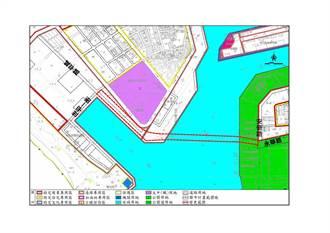 安平漁港跨港大橋預估2024年底完工 前縣長:愚蠢的建設