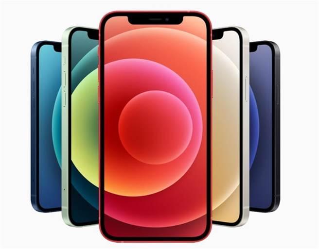 (燦坤年末推出優惠,12月11日-12月27日iPhone 12 現折1,212元、iPhone 12 mini 現折888元。圖/燦坤提供)