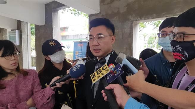 國民黨主席江啟臣今(10日)表示,國會監督政府,凍結預算是審查過程中的常態,他也怒批民進黨,過去在野應該很清楚,不要執政了就忘記在野。(葉書宏攝)