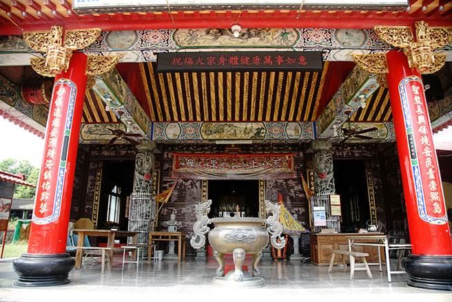 全台唯一的鴨母王祠,是極具歷史意義的觀光勝地。(攝影/曾信耀)