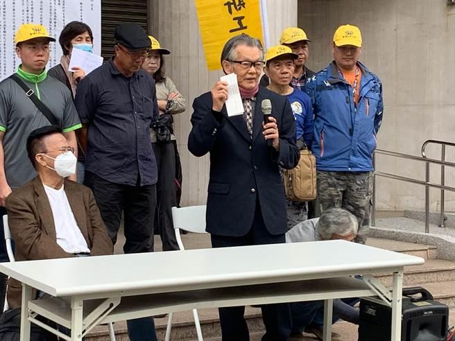 今天是世界人權日,民間團體今舉行記者會檢視當權者對於保障人權的表現,昔日黨外運動大老、民進黨前代理主席張俊宏應邀出席。(林縉明攝)