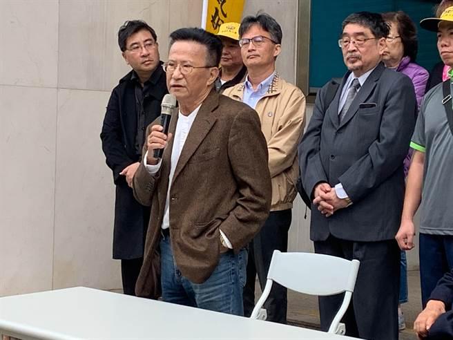 哈佛大學法學博士、律師黃維幸今表示,北高行駁回中天新聞台假處分,對台灣民主造成無可彌補的傷害,更讓人民對司法獨立失去信心。(林縉明攝)