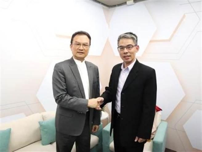 理財周刊發行洪寶山(左)、楊禮軒(右)。(圖/理財周刊提供)