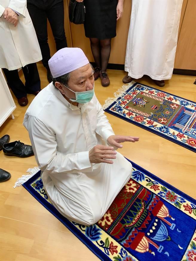 高醫通過穆斯林友善醫院認證,提供男女獨立的穆斯林祈禱室。(柯宗緯攝)