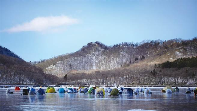 下個冬季與前橋有約 體驗赤城山冰釣極凍樂趣。(圖/前橋市觀光振興課提供)