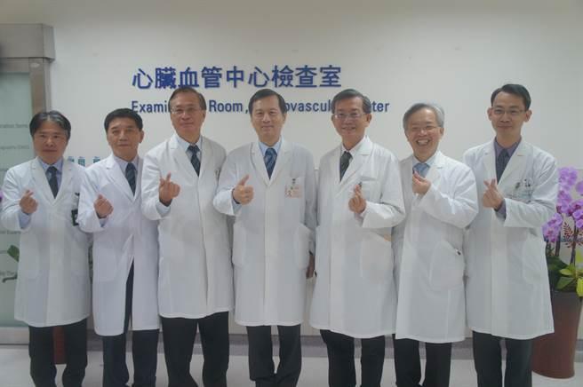 台中榮民總醫院新建複合式手術室(簡稱Hybrid OR)及心臟血管中心新建檢查室10日熱鬧揭牌,為患者帶來福音。(台中榮總提供/張妍溱台中傳真)