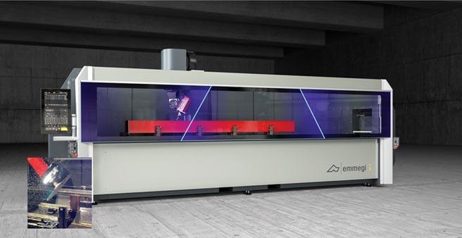 羽陞企業代理義大利EMMEG帷幕牆門窗加工設備,有效節省鋁型料加工過程搬運時間,並提高加工速度以及精度。圖/業者提供