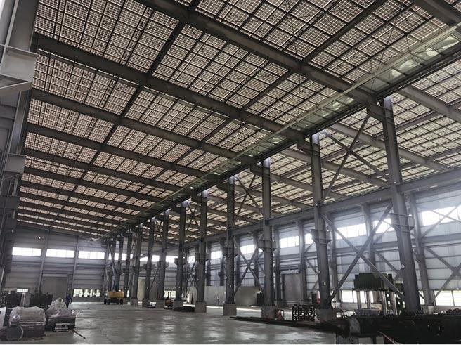 保旺事業4月峻工的新廠房容量約1.7MW,較舊工廠大約逾3倍,每個月供給台電電力將較目前獲益率達超過3倍,產業前景看好。圖/保旺事業提供