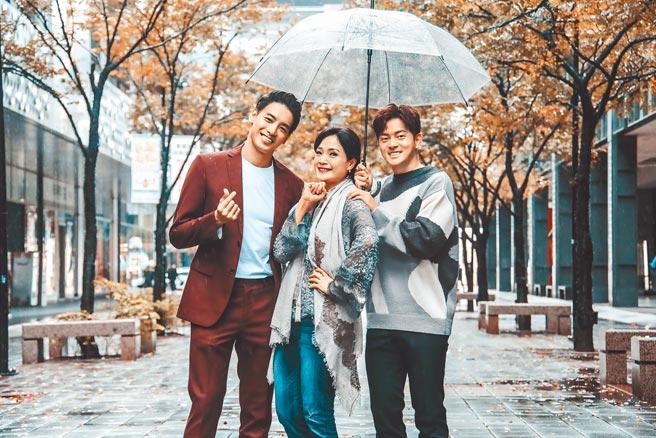 宥勝(右起)、方季惟、黃柏鈞昨一起現身宣傳新戲《戒指流浪記》。(羅永銘攝)