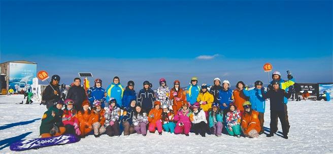 兩岸媒體團感受北京冬奧會的熱鬧氛圍。