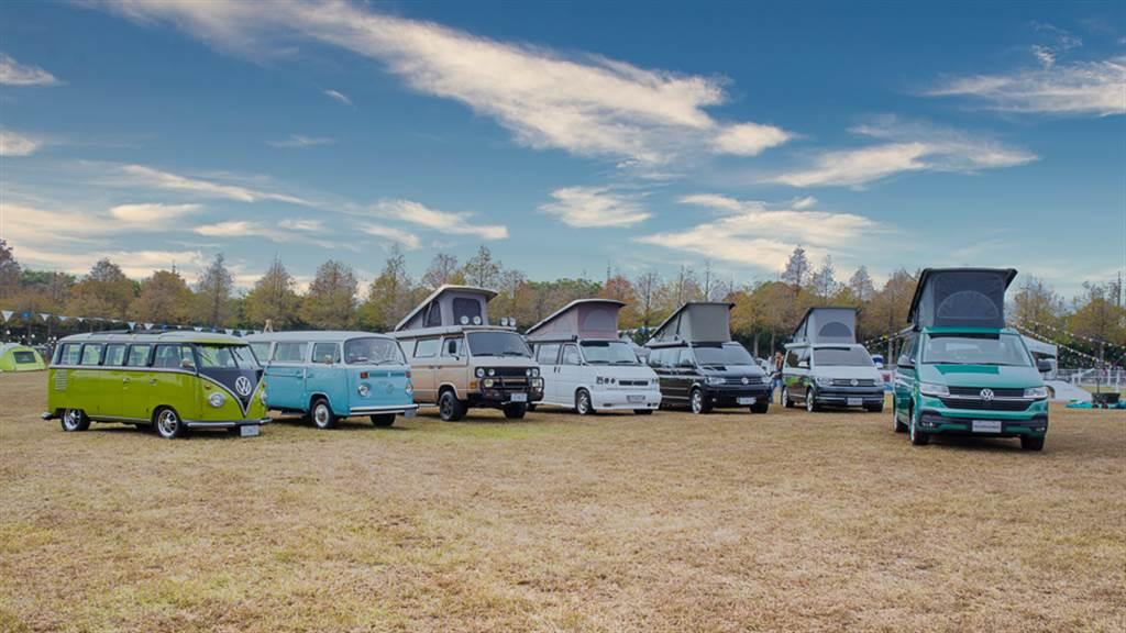 除了全新上市的T6.1,更一次展出T1至T6世代、橫跨70年的T型商旅車。