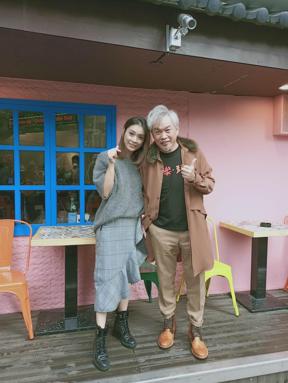 康康今和老婆一同出席記者會。(尤嬿妮攝)