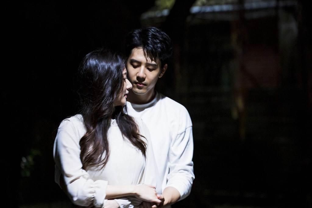 胡宇威陷入女友仍活著的幻想中。(東森電視提供)