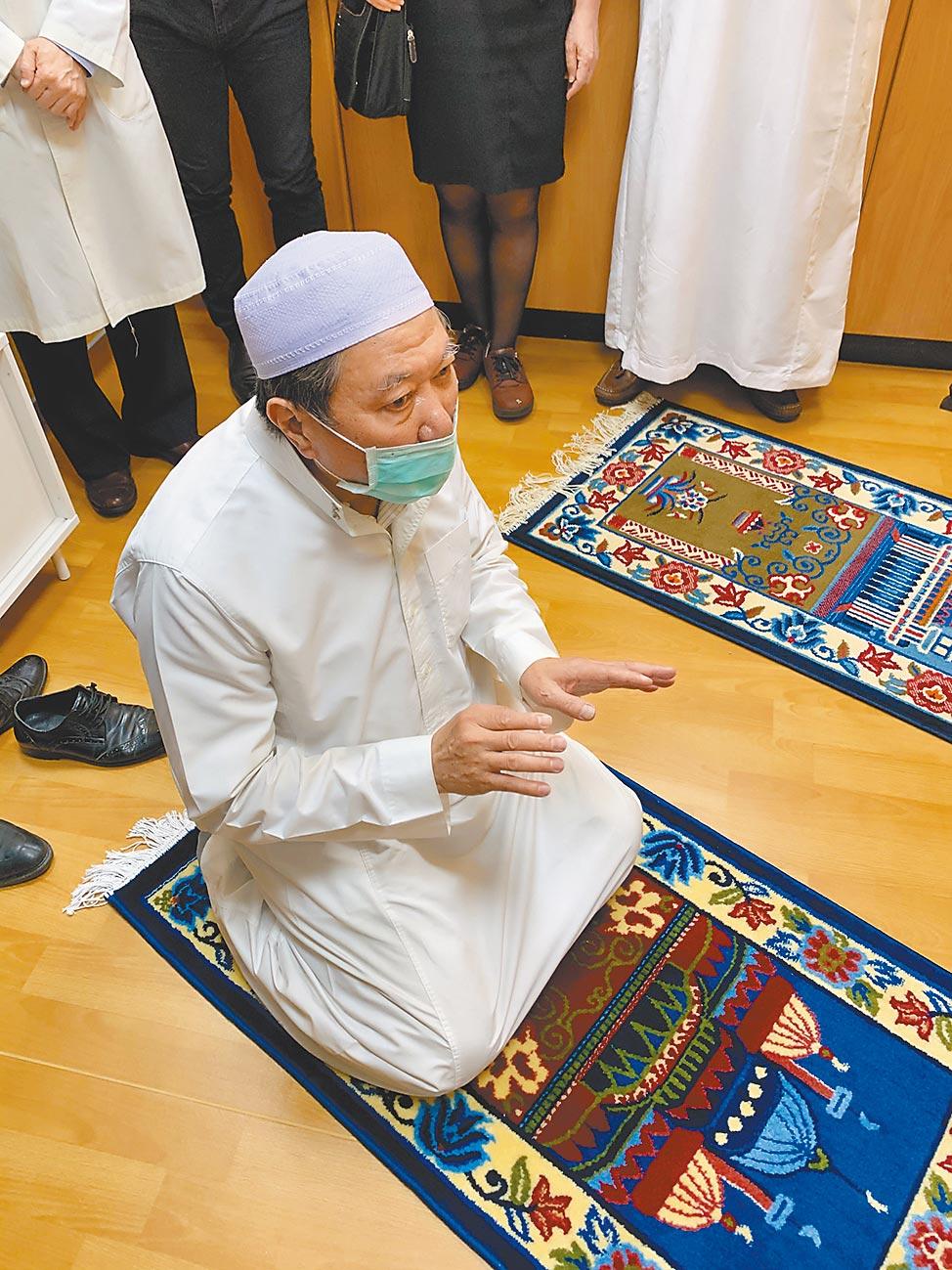 高医提供男女独立的穆斯林祈祷室。(柯宗纬摄)