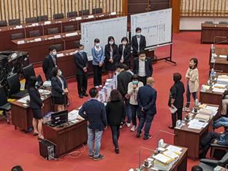 8搶下6 高巿議委員會改選 藍營聯手無盟大勝