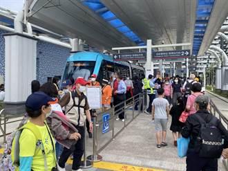 淡海輕軌收費倒數4天 單日2萬人搶搭
