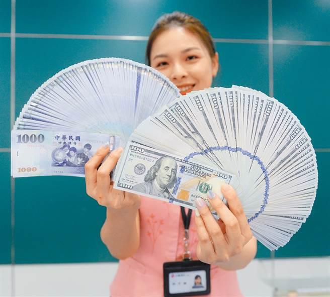 台币匯率升不停,每天都创23年新高。(本报系资料照片)