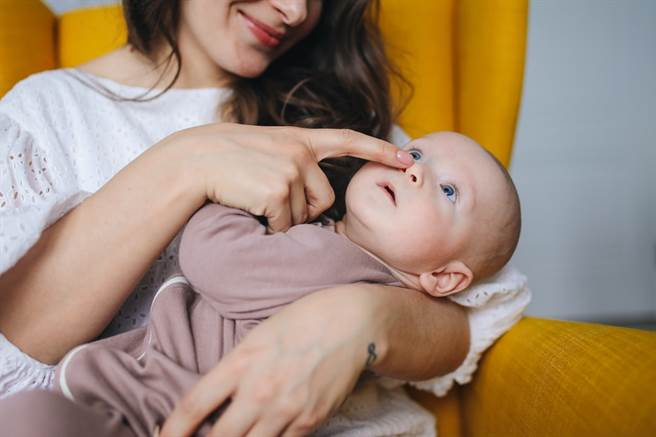 協助「產後憂鬱」親友 專家傳授陪伴指南。(圖/PEXELS提供)