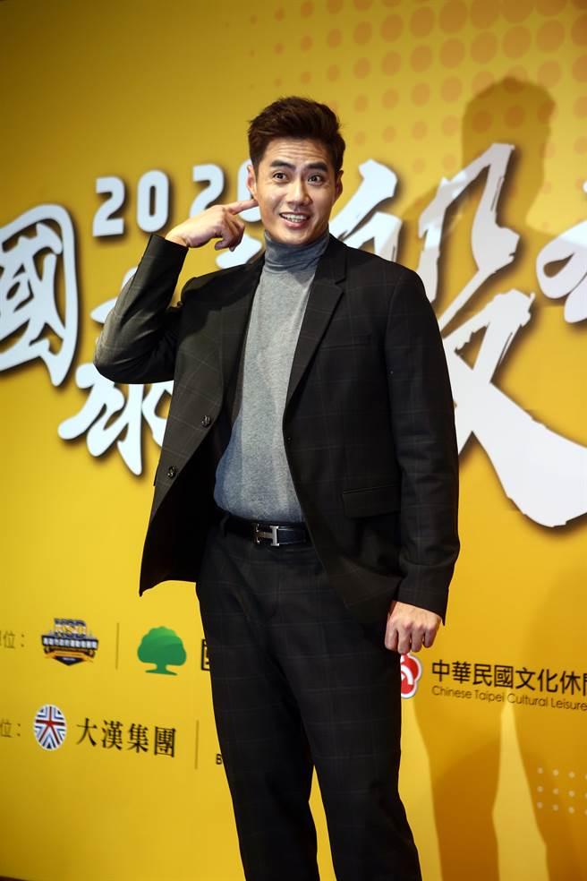 台灣左投陳偉殷今天舉辦媒體見面會,對於明年落腳處,他表示會續留日本,合約部分交由經紀公司處理。(鄧博仁攝)