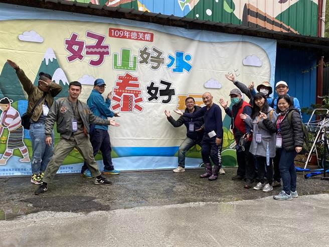 谷關松鶴部落青年成立工作坊推廣「泰好玩獵人體驗營」,結合部落商家、餐飲業者規劃部落文化體驗遊程。(馮惠宜攝)