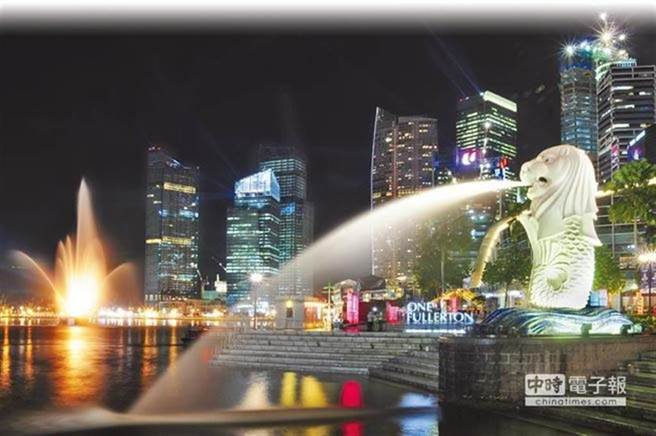 新加坡今宣布放寬台灣旅客入境標準,12月18日開始,只要入境檢測陰性,就能外出活動。(中時資料照)