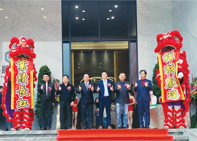 A7第一座精品飯店宅「允將大作」,正式公開。圖╱江富滿