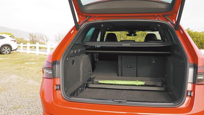 6/4分离式后座之外,基本行李厢空间即达660公升。图/于模珉