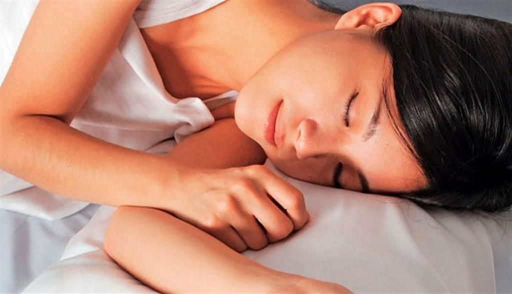 「低溫睡眠法」抗老化?專家說明實際可行作法。(示意圖/康健雜誌提供 陳德信攝)