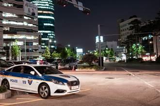 南韓淫魔出獄 民眾怒嗆「把他交出來」 專車慘遭打凹蛋洗