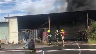 降低山區果農倉庫火警 台南消防局推動防火自檢表