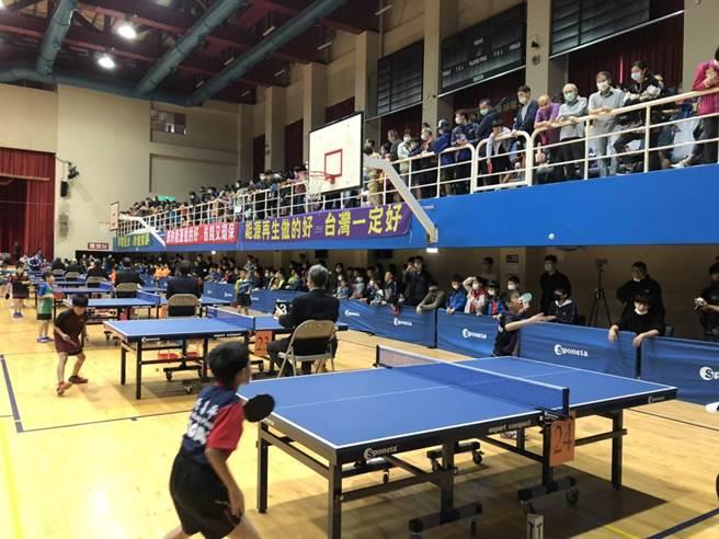 「2020電力建設宣導會暨電力盃睦鄰桌球邀請賽」今在板樹體育館舉行。(台電台北南區營業處提供)