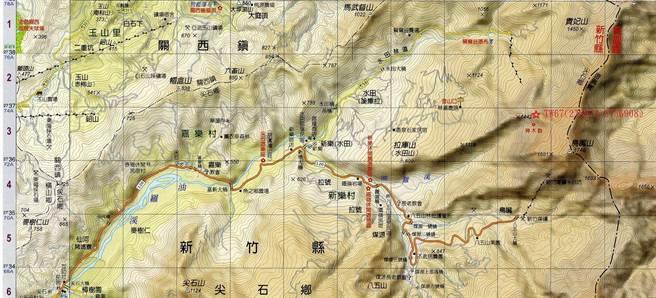 16人登山客前往尖石北德拉曼山,其中1名年约50多岁男性,突然倒地并失去呼吸心跳。(翻摄照片/庄旻静新竹传真)
