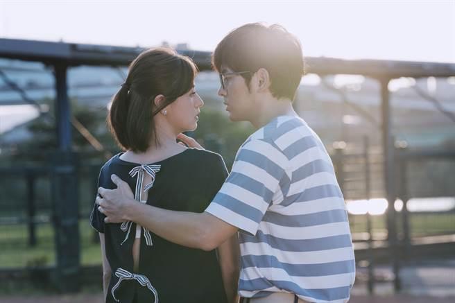宥勝《戒指流浪記》和林予晞飾演情侶。(HBO Asia提供)