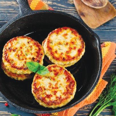 洋蔥圈肉餅    ◎圖/美國沙朗大師頂級鍋具提供