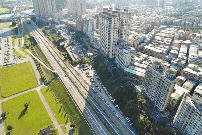 中和秀朗桥北侧开发案,预计15日举办首场区段徵收公听会。(新北市地政局提供/许哲瑗新北传真)