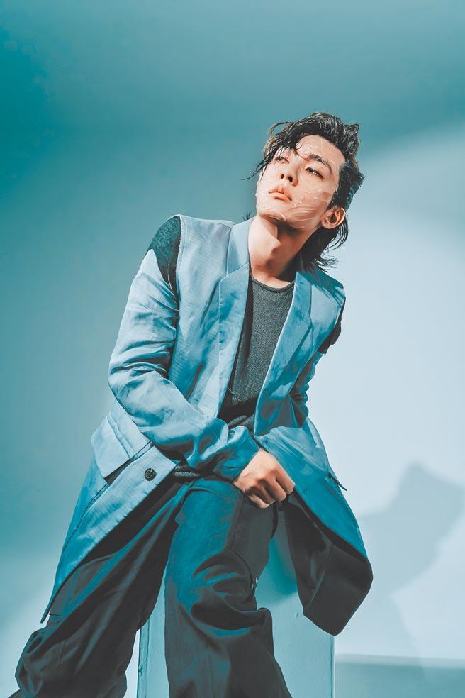 炎亞綸推出新創作單曲,視覺造型大膽突破。(索尼音樂提供)