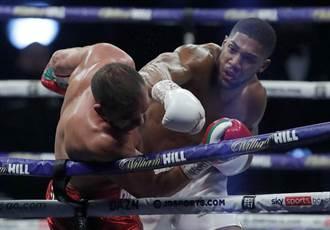 拳擊》世紀拳賽前哨戰 喬雪直拳KO保王座