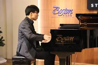 為名家代打 國際大賽鋼琴家汪奕聞勇於挑戰自我