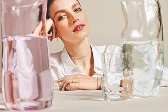 DE BEERS ARPEGGIA系列推出 轉換式珠寶創意新作