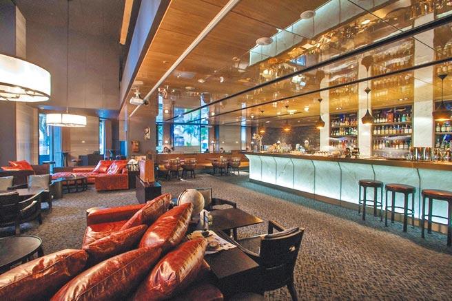 URBAN331威士忌酒吧,以慕軒門牌號碼331為名,營造紐約上東城不凡的氣度與奢華氛圍。(慕軒飯店提供)