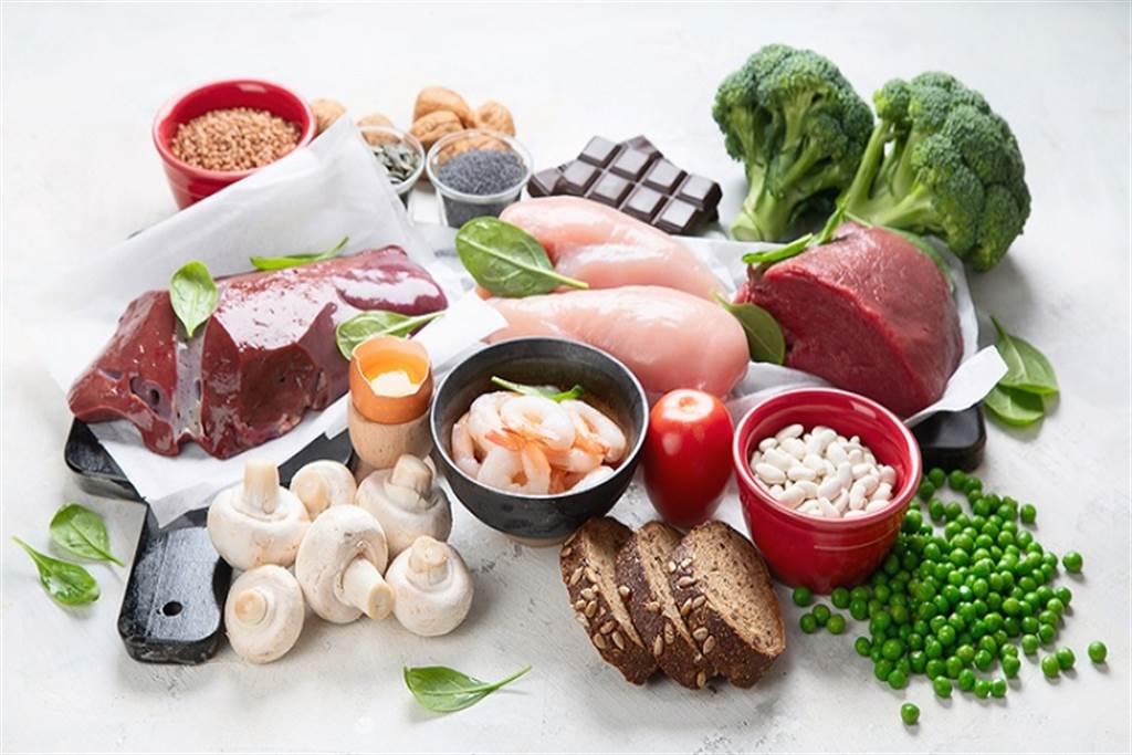 飲食注重均衡原則,是補血的第一要件。(圖/常春月刊提供)