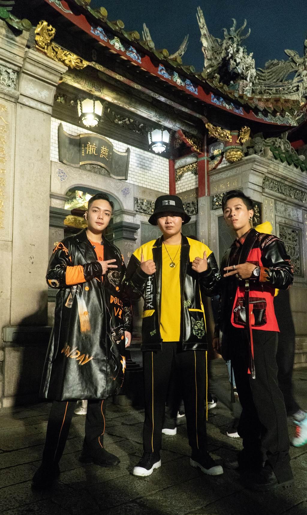 Xunday日前拍摄新歌MV。(尬音乐提供)
